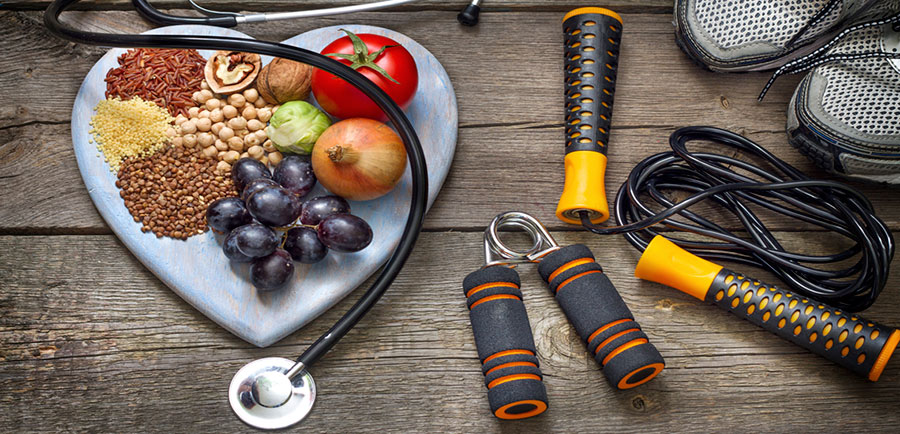 alimentos saludables y ejercicio regular es la clave para una vida saludable